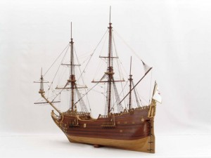 Fluyt_model_side